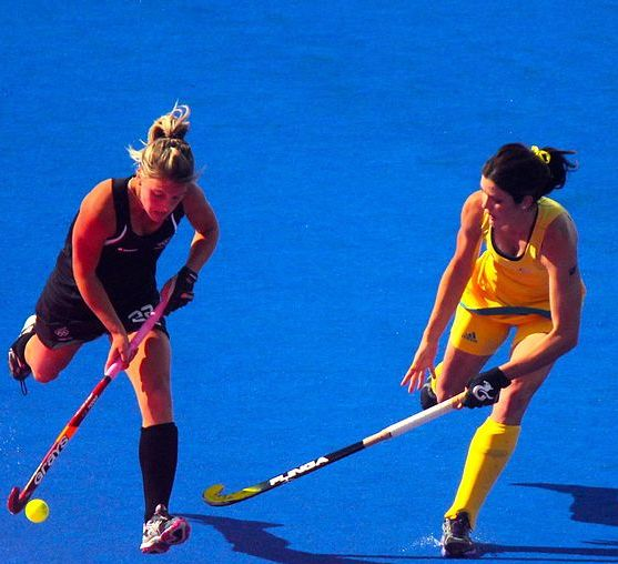 1024px-Field_hockey_at_the_2012_Summer_Olympics_-_NZL-AUS_(7796662612).jpg