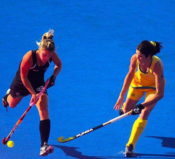 1024px-Field_hockey_at_the_2012_Summer_Olympics_-_NZL-AUS_(7796662612).jpg